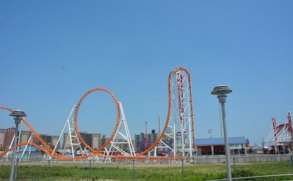 Thunderbolt Luna Park In Coney